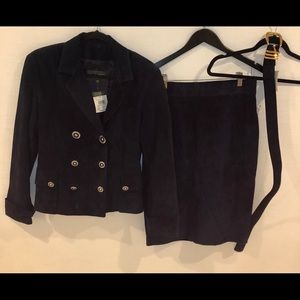 Brand new VINTAGE - navy suede woman's set